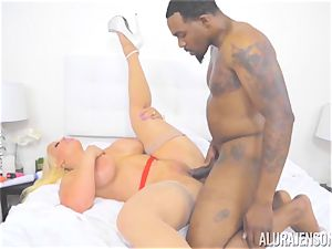 milf Alura Jenson makes her daughters-in-law boyfriend watch as she gets penetrated