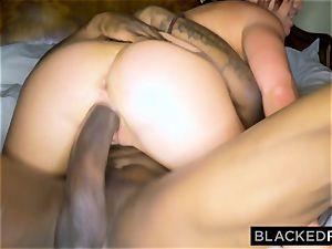 BLACKEDRAW wifey enjoys the World's biggest big black cock in motel room