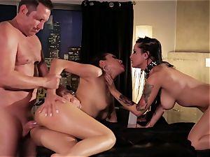 Vicki pursue and Katrina Jade want more than romp