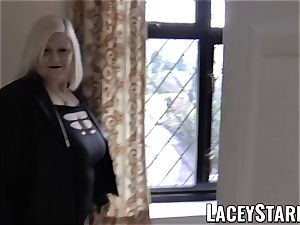 LACEYSTARR - Mature English honey pulverized and facialized