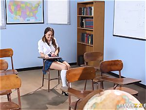 Darling student Dillion Harper gets penetrated by her instructor