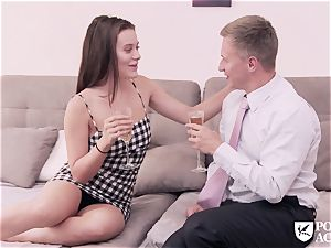 porno ACADEMIE - american Lana Rhoades tears up principal