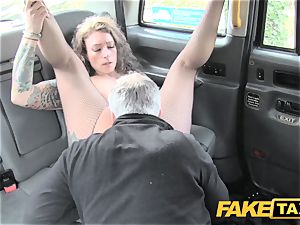 fake cab Backseat thrills for taxi drivers