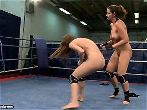 Eliska Cross and Lisa shine get nude and struggle hard