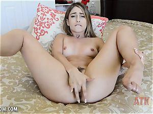 Kristen Scott fondles vagina until she ejaculations