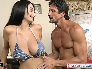 Ava Addams places his salami between her large fun bags