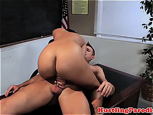 Isis getting cum on her melons