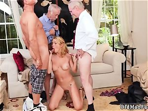 gigantic cupcakes dark haired inexperienced blowjob Frannkie And The gang Tag crew A Door To Door Saleswoman