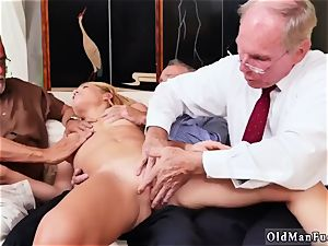 finest models jizz shot first time Frannkie And The group Tag crew A Door To Door Saleswoman
