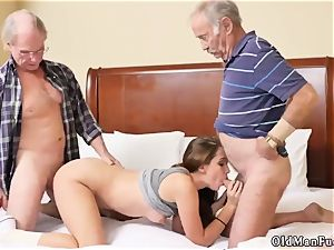 older enjoys youthful threeway presenting Dukke