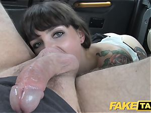faux taxi dark-haired does buttfuck down to the nutsack