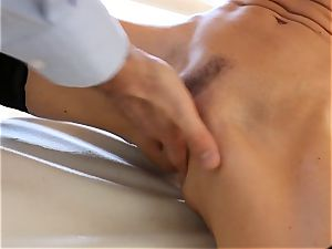 pumping out miss India Summers beaten in the culo