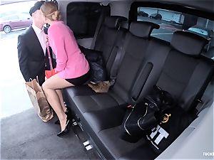 romped IN TRAFFIC - super-steamy Czech babe humped in the car
