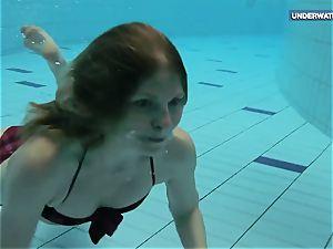 two supah torrid teens in the pool