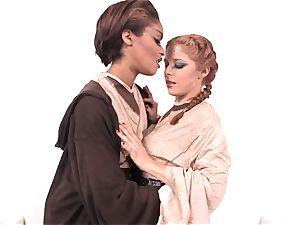 Jedi flesh Diamond shows Penny Pax the strength