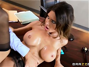 Jessica Jaymes drools over a lawyers ample pink cigar