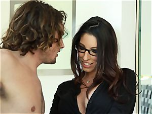 Taylor Reed fucks her man with Dava Foxx