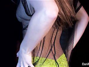 petite hotty Dani Daniels fingers her taut gash