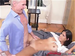 hot platinum-blonde amateur nubile internal cumshot very first time Going South Of The Border