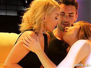 Aaliyah love shares her man with luxurious pillar dancing Veronica Vain