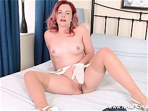 Retro stunner peels off off her milky undies for cooch play