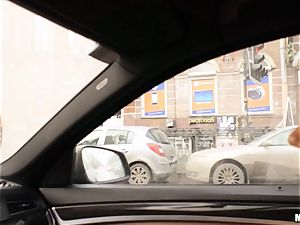 Kitana Lure gets analled in a strangers car