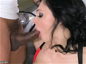 cool Aletta Ocean plays with a black shaft in her slimy sizzling throat