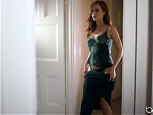 big black cock for insane red-haired Ella Huhges