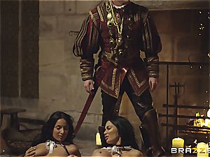 Alluring Anissa Kate and Jasmine Jae obey the king's will and knob